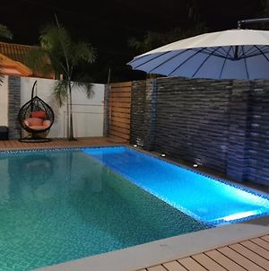 Modern J Exclusive House And Pool Wifi Netflix photos Exterior