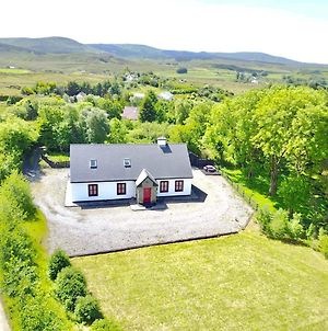 Red Deer Cottage In The Heart Of Connemara photos Exterior