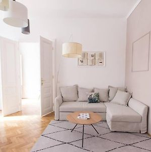 Generous, New Apartment In The Hearth Of Vienna photos Exterior