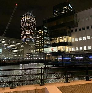 Luxury Serviced Apartment London Canary Wharf 1 Bed And 1 Sofa Bed photos Exterior