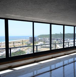 Luxury Point Waterfront Apartment At The Spinaker photos Exterior