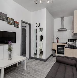 Modern 2 Bedrooms Apartment In Central London photos Exterior