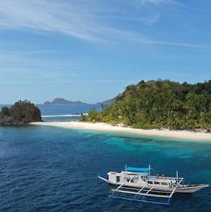 Private Expeditions To Golden Island On Big Luxury Boat photos Exterior