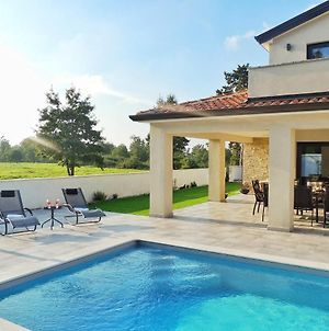 Luxury Apartment With Pool, Outdoor Bar & Grill, Fitness & Office photos Exterior
