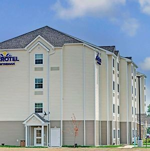Microtel Inn & Suites By Wyndham Philadelphia Airport Ridley Park photos Exterior