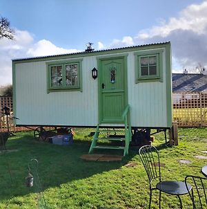 The Old Mill Shepherds Hut photos Exterior