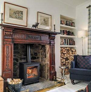 Central Hawick Spacious Stylish Flat With Log Burner photos Exterior