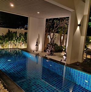 5 Rooms Villa With Private Pool photos Exterior