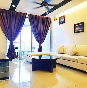 Mayfair Luxury Condo Homestay @ Puchong photos Exterior
