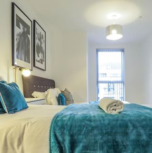 Tudors Esuites Canal Side Apartments One Bedroom photos Exterior