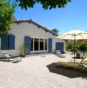 Lovely House With Idyllic Garden In Very Central Cap Ferret Location photos Exterior