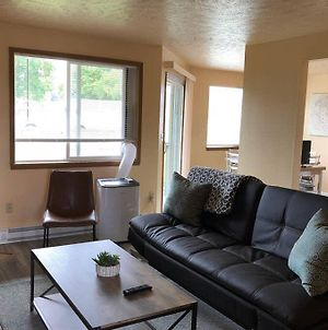 Spokane Valley Newly Remodeled 2 Bedroom Apt photos Exterior