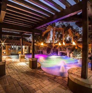 Estate Resort Style Oasis 6Bdrm, 5.5 Bath Heated Pool With Misters photos Exterior