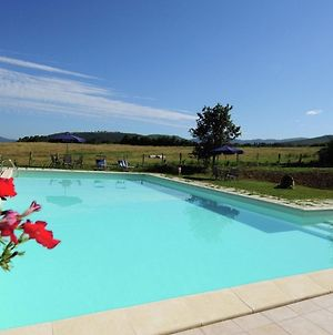 Farmhouse With Small Lake, Swimming Pool, Private Terrace, Garden And Sheep photos Room