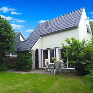 Fee 7 Pers Modern Holiday Home With Sauna And Fenced Garden photos Exterior