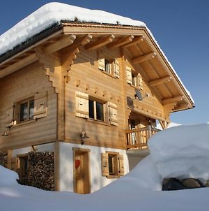 Luxurious Chalet In Le Chinaillon With Sauna photos Room