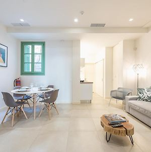 Andronike Neoclassical Apartments In Plaka - The Circle photos Exterior