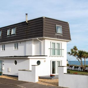 Luxurious Modern Home 50 Metres From The Uks Best Beach photos Exterior