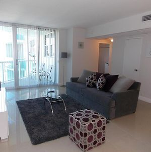 Fully Furnished Apartment With Direct Access To Beach At Tides Complex photos Exterior