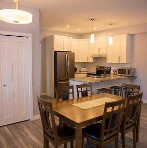 Downtown Whitehorse 4 Bedrooms Deluxe Condo photos Exterior