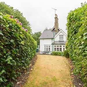 New Cosy 2 Bedroom Detached House West Finchley photos Exterior
