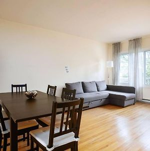 Charming 3 Bdr Apartment Close To The Metro photos Exterior