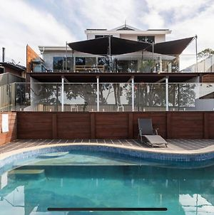 5 Bedroom With Pool And Studio Vues Relaxantes photos Exterior