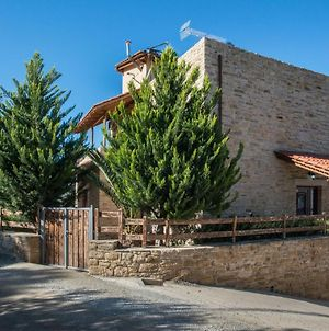 Villa Gogo Offers Privacy And Pool photos Exterior
