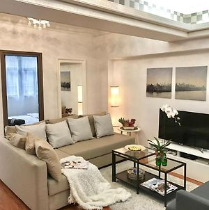 Deal! 3 Bedr, 4 Beds, 2 Bath, Best Location, Kowloon, Ymt Mtr Station photos Exterior