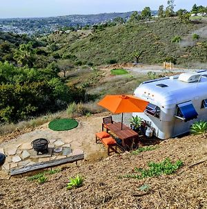 Roadrunner Airstream - City/Sunset/Mtn Views, Sauna, Golf, Firepit photos Exterior