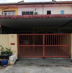 Homestay Raudhah photos Exterior