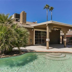 Pool Oasis - You Will Love It Here- All You Need! photos Exterior