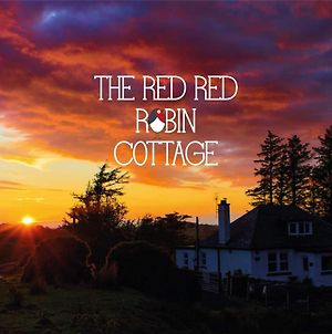 The Red Red Robin Cottage photos Exterior