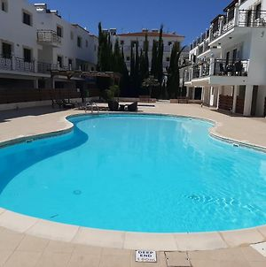 Lovely New Apartment With Swimming Pool photos Exterior