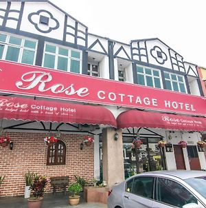 Rose Cottage Hotel Taman Daya photos Exterior