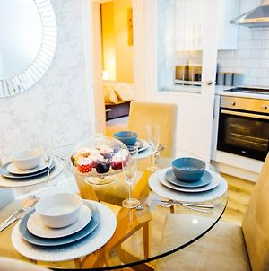 Your Home To Home Luxury Cardiff Accommodation photos Exterior