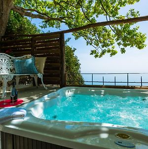 Amalfi Coast Villa With Sea View, Heated Jacuzzi photos Exterior