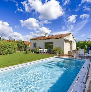 Quaint Holiday Home In La Roque D'Antheron With Pool photos Exterior