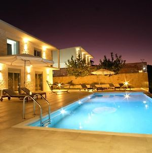 Eva Villas West And East With 2 Private Infinity Pool & And Panoramic Sea View photos Exterior