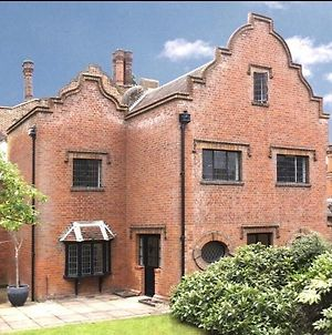Luxury 3 Bed House Situated On The Estate Of 17Th Century Manor House photos Exterior