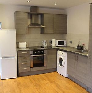 3 Bed Apartment With Free On Site Parking In City Centre photos Exterior