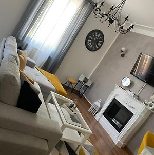 Appartement Cosy Et Moderne, Proche Cite Des Papes photos Exterior
