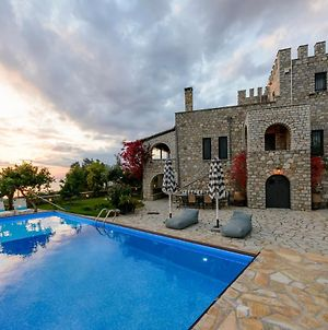 Entire Castle, Amazing Sea View And Swimming Pool photos Exterior