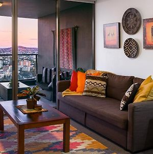 African Escape On Level 38 - Balcony With Views photos Exterior