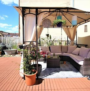 Private Room With Sunny Roof Terrace photos Exterior