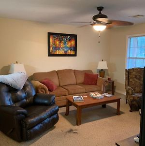 Waterfront 2Br1Ba On Canal, Mins To Beach, Self Check-In, Free Wifi, Free Canoe photos Exterior