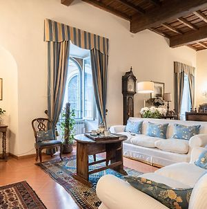 Roman Holiday Apartment For 6 By Piazza Navona photos Exterior