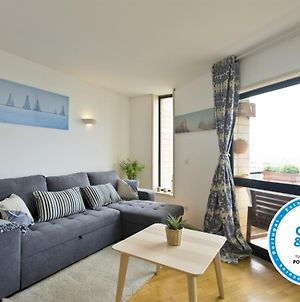 Amazing Comfy Flat With Balcony By Host Wise photos Exterior