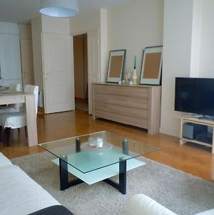Champs Elysees Cosy 2 Bedrooms Flat, 80M2 photos Exterior