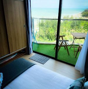 Timurbay With Balcony Seaview & Hillview, High Speed Internet Wifi And Netflix Studio photos Exterior